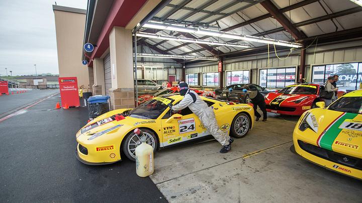 Ferrari Challenge NA - Sonoma - Sunday Race